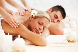 couple massage in delhi